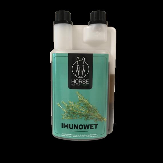 Imunowet est un complément alimentaire pour chevaux de la marque HNP-Horse Nutrition Project